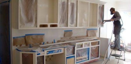 8 دلیلی که تعمیرات آشپزخانه از بودجه تجاوز می کند