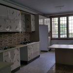 طرح کابینت آشپزخانه هایگلاس